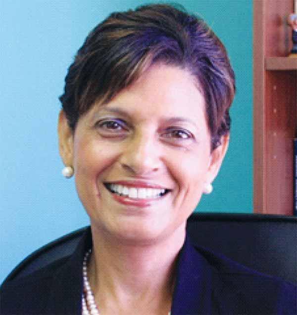 Dr Luz Longsworth