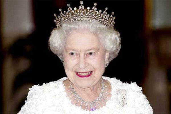 Image of Elizabeth II, Queen of the United Kingdom and the Commonwealth realms.