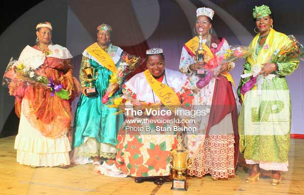 Image: 2015 LawennKwéyòl, Roseline Popo, (seated), and her fellow contestants. [PHOTO: Stan Bishop]