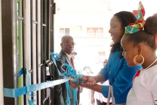 Image of Minister Reynolds opening the upgraded centre