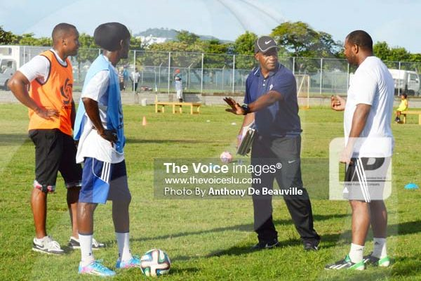 Image: CONCACAF Instructor Lenny Lake Ensuring that the local coaches get it right. (Photo Anthony De Beauville)