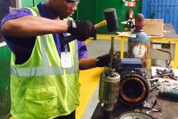 img: Intern working in Engineering dept.