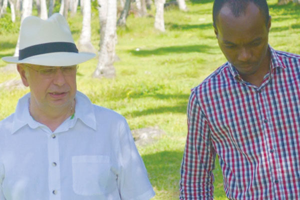 img: Kenny and Fedee at the Plantation (Photo Boka Group