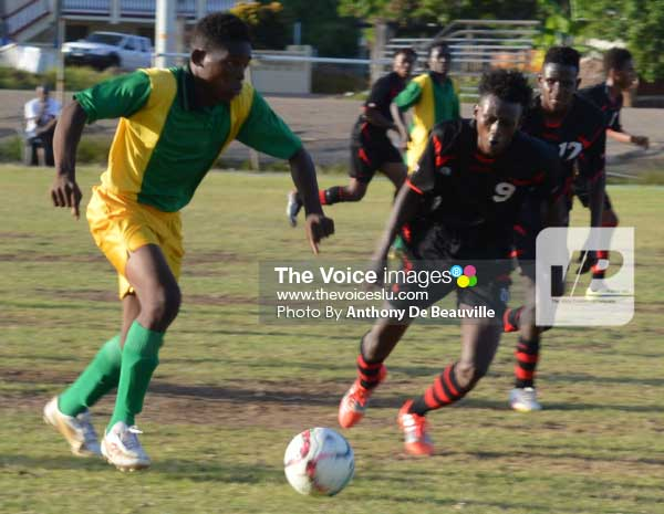 Image: Some of the action between Piton Travel All Stars and Seria played on Sunday. [PHOTO: Anthony De Beauville]