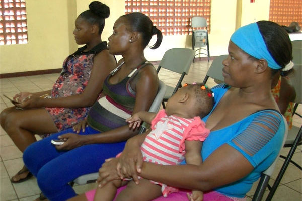 Image: Breast-feeding workshop at Entrepot.