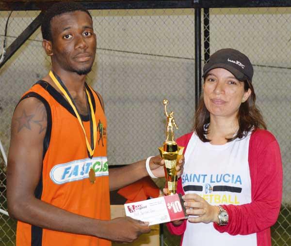 Image: MVP Run N' Gun No.3 Rahim Auguste receiving his award from KFC representative (Photo Anthony De Beauville)