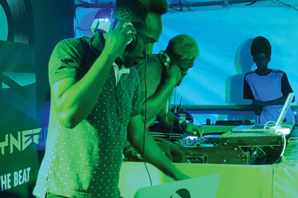 img: DJs performing last weekend at Heineken Green Synergy Reloaded.