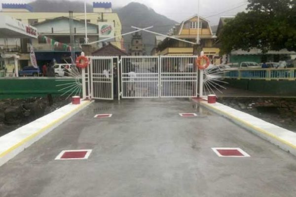 Image of the main Soufriere dock