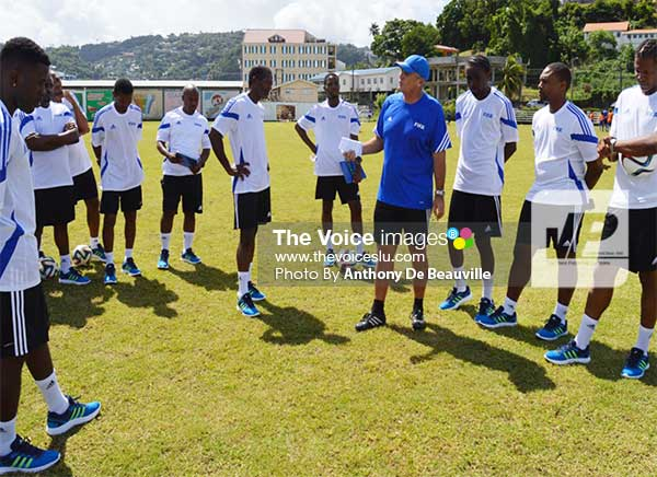 Image: FIFA Instructor Kim Poulson talking about development over results. (Photo: Anthony De Beauville)
