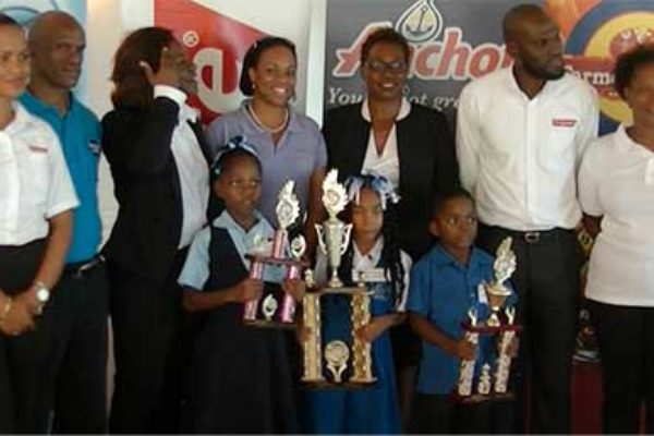 Image: The winners with teachers and sponsors representatives