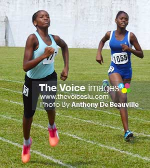 Image: Kayla Charles (No.477) win the 150 metres girls  Under - 14s