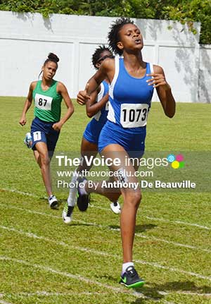 Image: Nysa Pierre first across the line in the 200 metres Under-18 girls finals