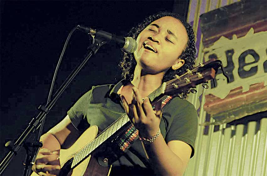 Image: Maryse performing at Headphunk. [PHOTO: Maryse S. Marius]