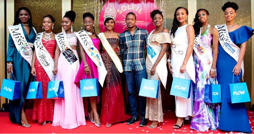 Image: Flow's Finisterre with the contestants.