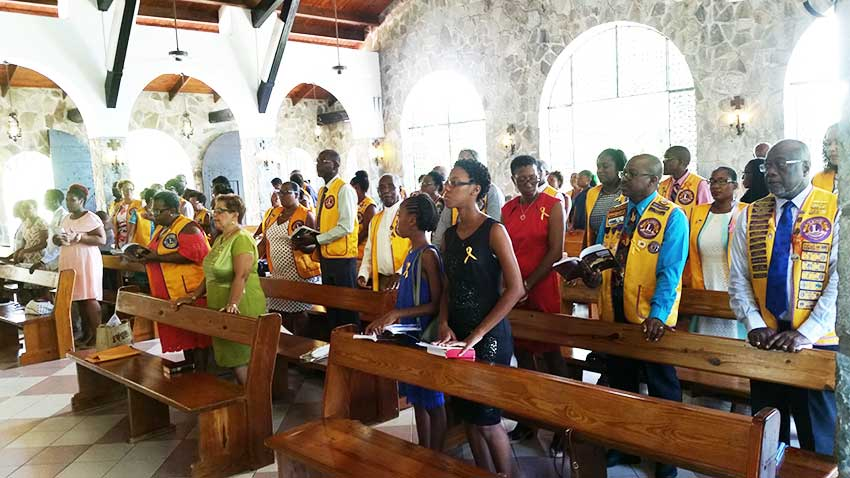 Image: Lions and Leos Thanksgiving Service