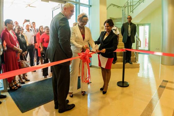 Image: The ribbon cutting ceremony at last week's Digicel St. Lucia Hub opening featured Allen Michael Chastanet, Prime Minister of Saint Lucia Minister for Finance, Economic Growth, Job Creation, External Affairs and the Public Service; Rosalia King, wife of Stephenson King, Minister for Infrastructure, Ports, Energy and Labour; and ShanelChedy from Digicel's Finance Department.