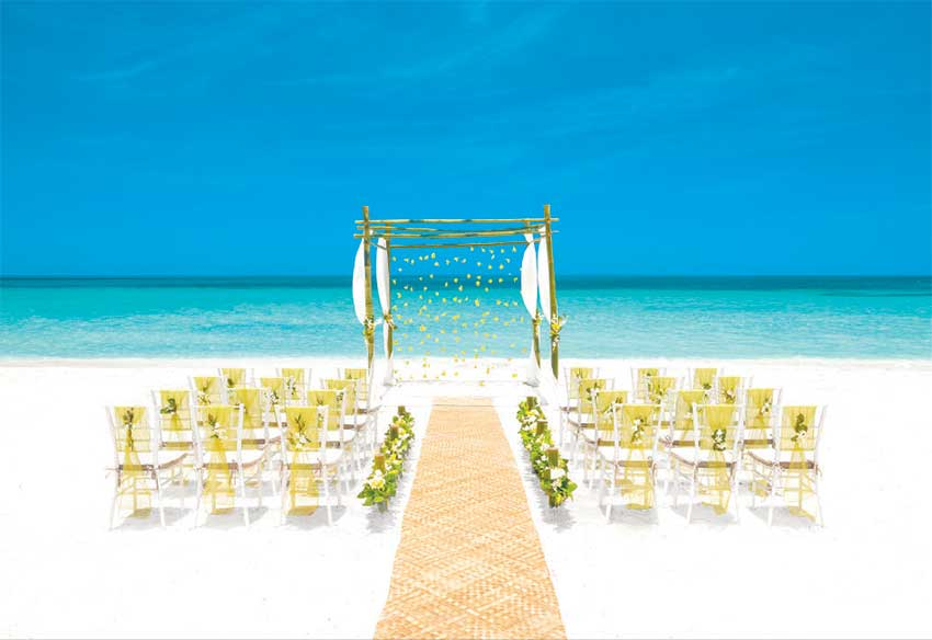 Image: Island Chic Ceremony.