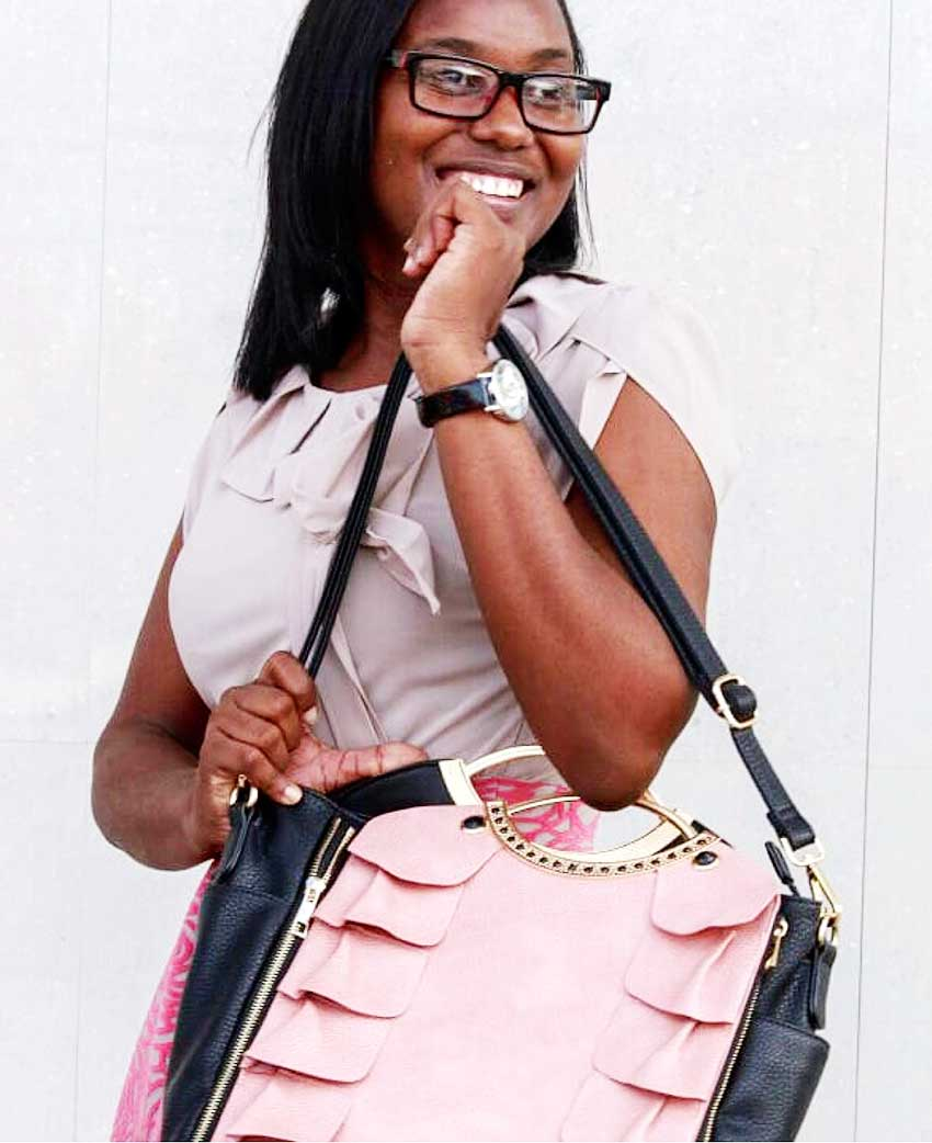 Image if a happy customer with her TifiZouk bag.