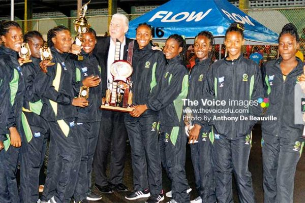 Image: A photo moment for Saint Lucia Prime Minister Allen Chastanet and the 2018 CNA U16 Champions Jamaica. (PHOTO: Anthony De Beauville)