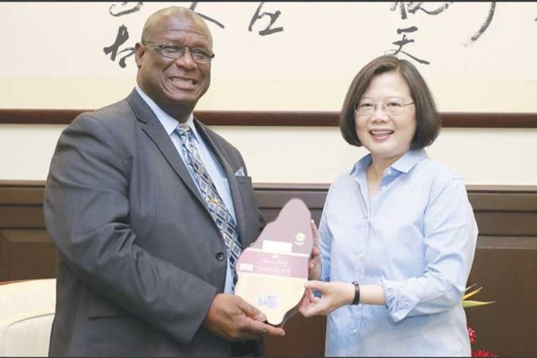 img: Former Prime Minister Stephenson King and Taiwan President Tsai Ing-wen held discussions and exchanged gifts during his May 2018 visit to Taipei to attend celebrations in observance of the 2nd anniversary of the swearing-in of the island's first elected lady leader. (PHOTO Courtesy: Office of the President, Taipei)