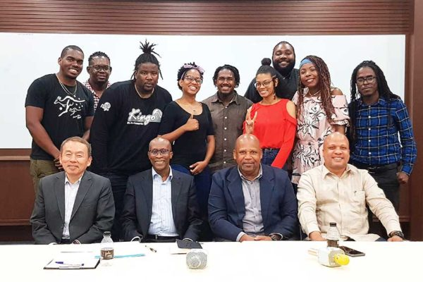 Image of Saint Lucian students with Tiawanese and Local Government officials