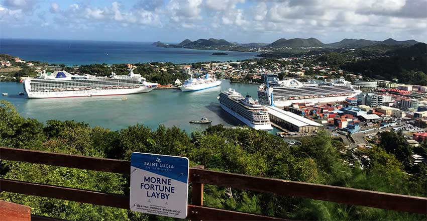 Image of cruise ships in Castries Harbour