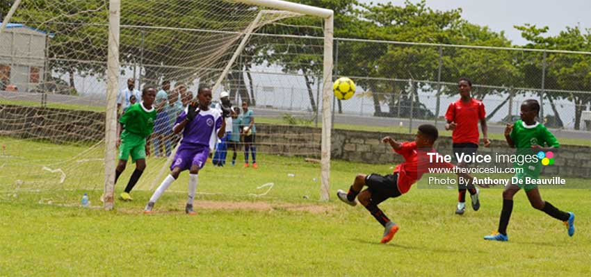 Image: Under -13 semifinal action between Northern United All Stars and Black Panthers on Saturday. (PHOTO: Anthony De Beauville)