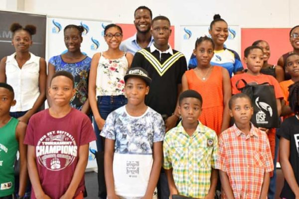 Image of the recipients of this year's scholarships [Photo Credit: Daren Sammy Management Team]