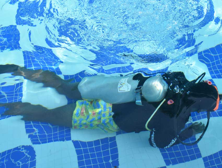 Image: Diving student during first session of training.