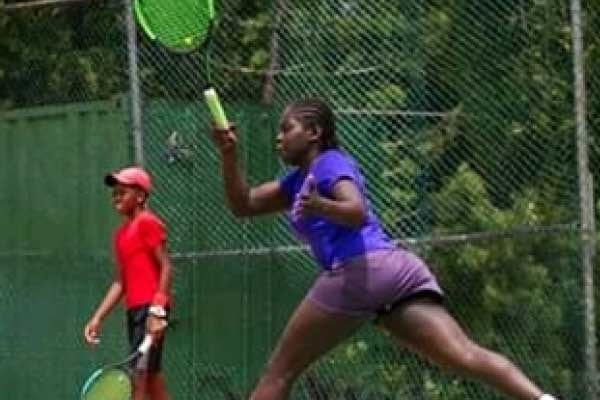 Image of Iyana Paul in action on center court