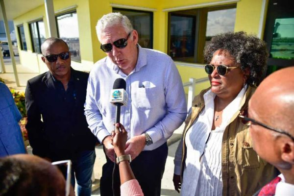 Image of Prime Minister Allen Chastanet and Barbados PM Mia Mottley who both travelled to the Bahamas to support the relief effort.