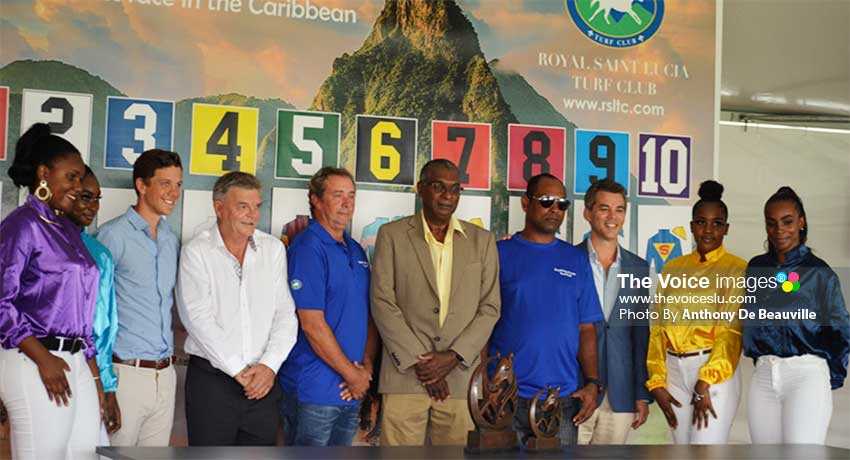Image: Photo moment for the various representatives, trainers, Director of Integrity and Regulation, David Loregnard sixth from left and Saint Lucian beauties. (PHOTO: Anthony De Beauville)
