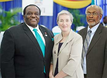 Image: (L-R) Attorney General of Antigua and Barbuda and Minister of Legal Affairs, Public Safety and Labour, Steadroy Benjamin; Executive Director of the EU-LAC Foundation, Paola Amadei and Professor Stafford Griffith, Interim Pro Vice-Chancellor and Principal of The UWI Five Islands Campus.