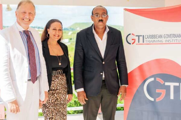 Image: (L-R) Dr Chris Bart, Lisa Charles and Prime Minister of Antigua and Barbuda Gaston Browne.