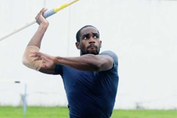 Image of Javelin thrower Albert Reynolds