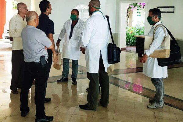 Image: Sandals Saint Lucia Managing Director Winston Anderson and Sandals Regency La Toc General Manager Gaurav Sindhi on hand to welcome Cuban medical doctors.